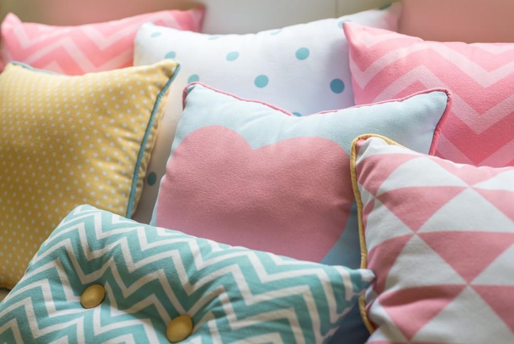 c585374f2 Tags  rosa bichos almofadas estante papel de parede flores bonecas  cabideiro bancada amarelo bolinhas prateleiras lousa bicama porta-lápis  bobina de papel ...